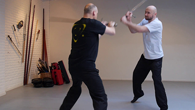 Ezcrima: using hand-and-a-half swords, Sifu Somhorst & Sifu Zimmermann – Enschede/ NL, 2013